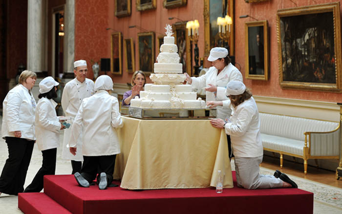 2 A slice of Prince William and Kates wedding cake is being auctioned Photo C GETTY IMAGES