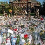 Foral tributes placed in front of Kensington Palace Photo C EPA