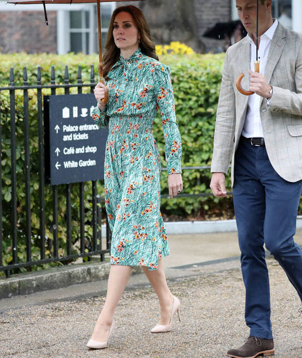 Kate, Duchess of Cambridge, visits Princess Diana's memorial garden Photo (C) GETTY