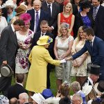 Many people prefer to observe the traditional forms of etiquette when meeting the Queen Photo C GETTY IMAGES