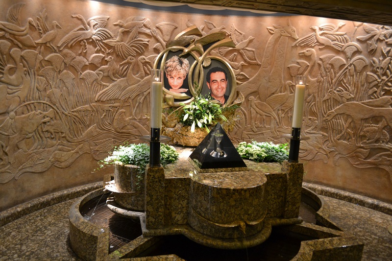 Permanent memorial to Diana Princess of Wales and Dodi al Fayed sits in Harrods Photo C GETTY IMAGES