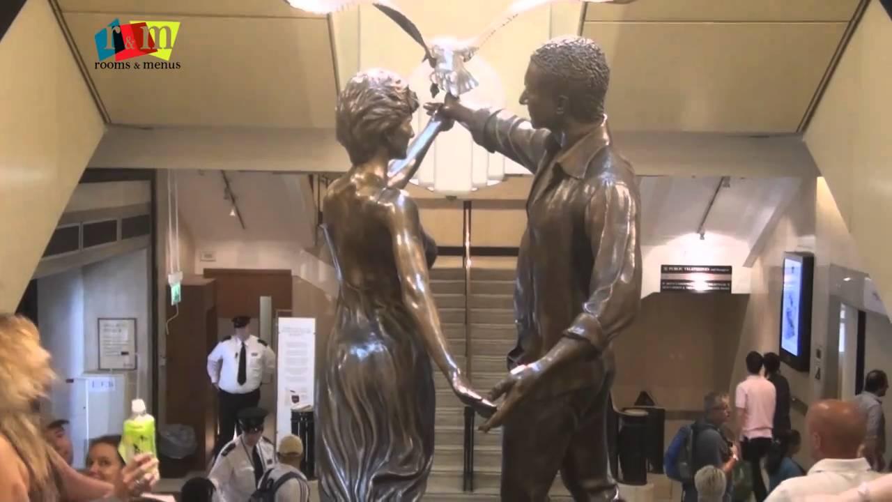 Princess Diana & Dodi Al Fayed Memorial, Harrod's London - by Rooms and Menus