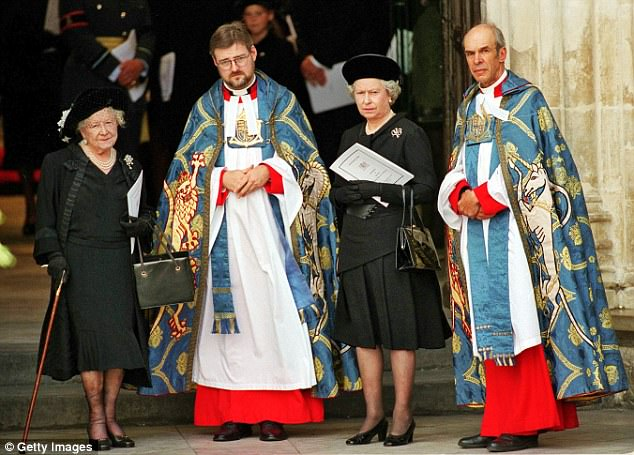 Queen Elizabeth II and the Queen Mother outside Westminster Abbey