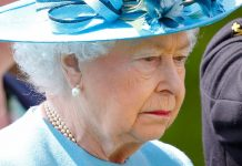 STAFFORD, UNITED KINGDOM - MAY 17: (EMBARGOED FOR PUBLICATION IN UK NEWSPAPERS UNTIL 48 HOURS AFTER CREATE DATE AND TIME) Queen Elizabeth II, Colonel-in-Chief of The Duke of Lancaster's Regiment, appears watery eyed as she attends The Duke of Lancaster's Regimental Memorial Dedication at the National Memorial Arboretum on May 17, 2016 in Stafford, England. (Photo by Max Mumby/Indigo/Getty Images)