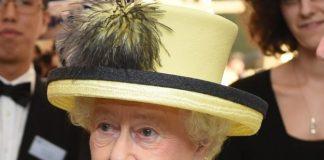 Queen Elizabeths drinking habits have been revealed Gerry