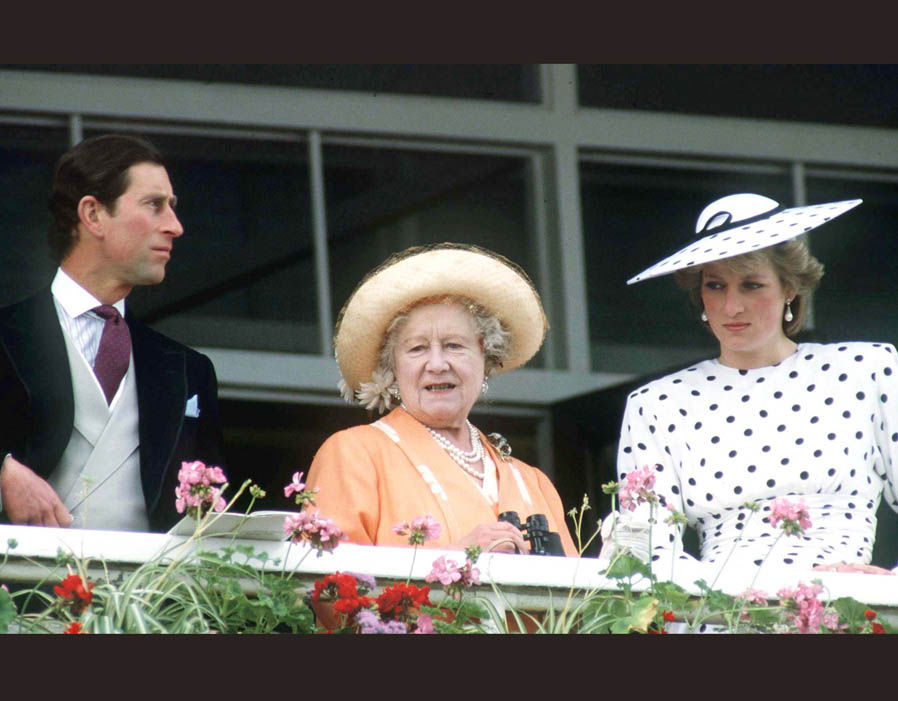 Queen Mother with Prince Charles and Princess Diana, 1986 Photo (C) GETTY IMAGES