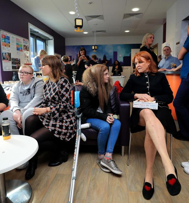 The mother-daughter pair met teenage cancer patients Photo (C) GETTY IMAGES