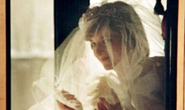 The never-before-published photo of Princess Diana on her wedding day Photo (C) STEPHEN HUNTLEY