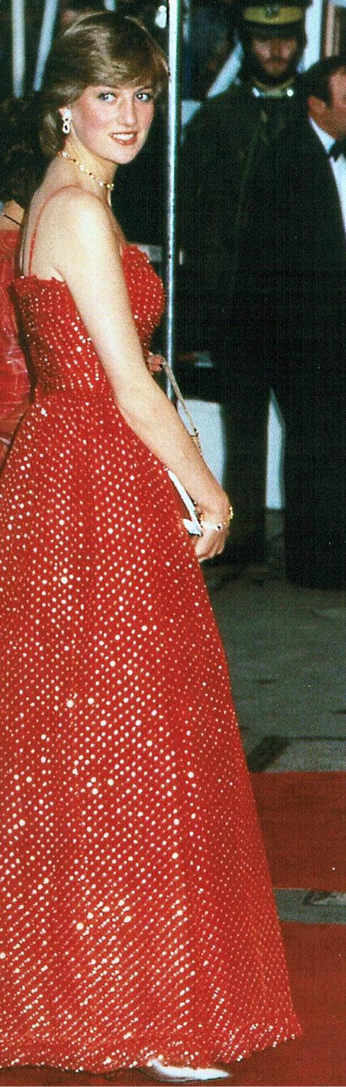 Princess-Diana-Earrings-Collections Photo (C) GETTY IMAGES