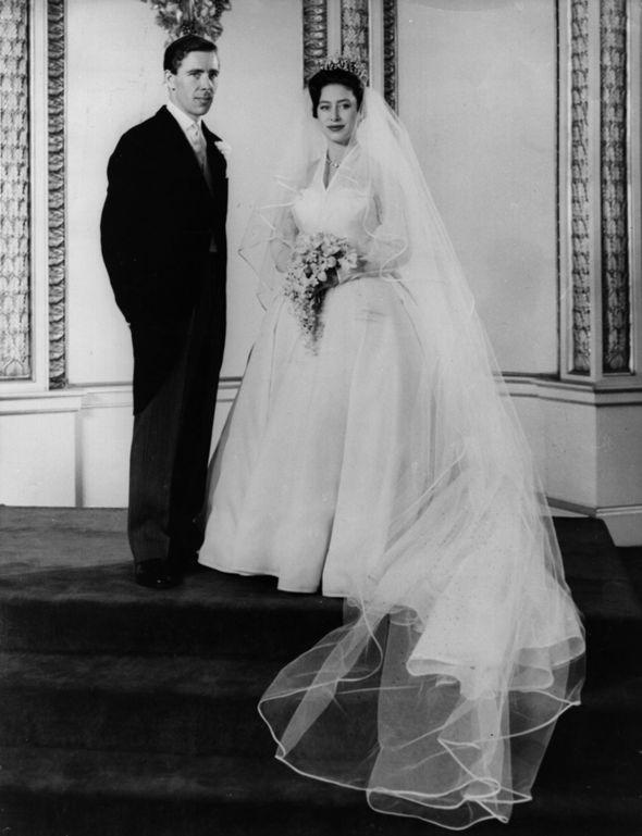 Meghan Markle wedding dress Princess Margaret wore British designer Normal Hartnell Photo (C) GETTY IMAGES