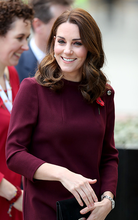 Catherine Duchess of Cambridge pregnant motherlooked glowing Photo (C) GETTY