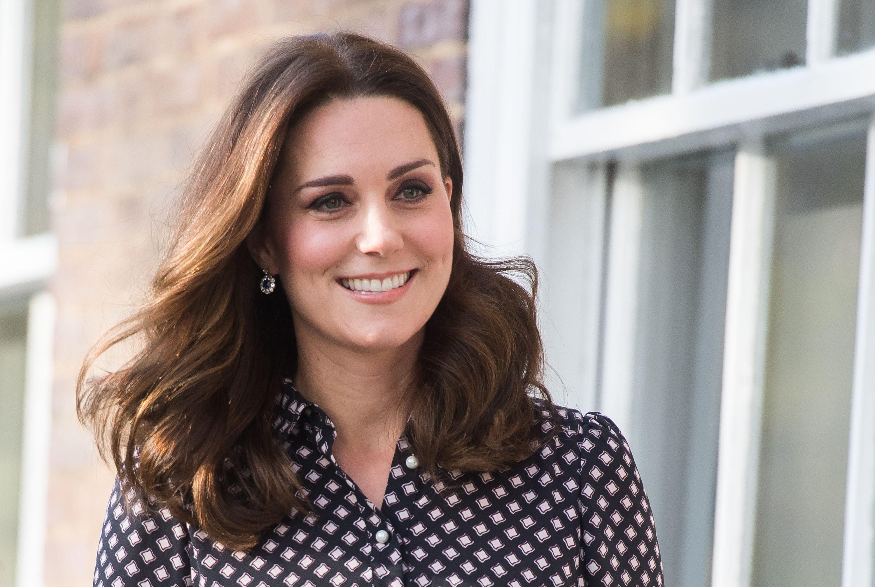 Pregnant Duchess of Cambridge talks Harry and Meghan engagement at museum outing. Photo Getty Images