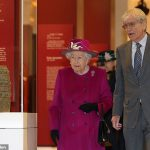 The Queen with Sir Richard Lambert chairman of the trustees of the British Museum Daniel Leal Olivas PA