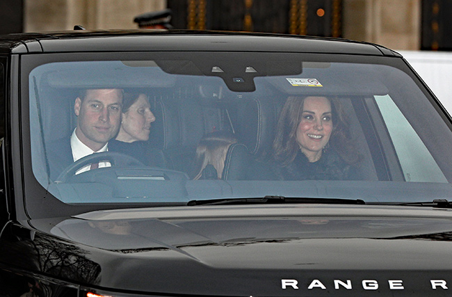 The Duke and Duchess of Cambridge arrive for the Queen's annual Christmas lunch Photo (C) GETTY IMAGES