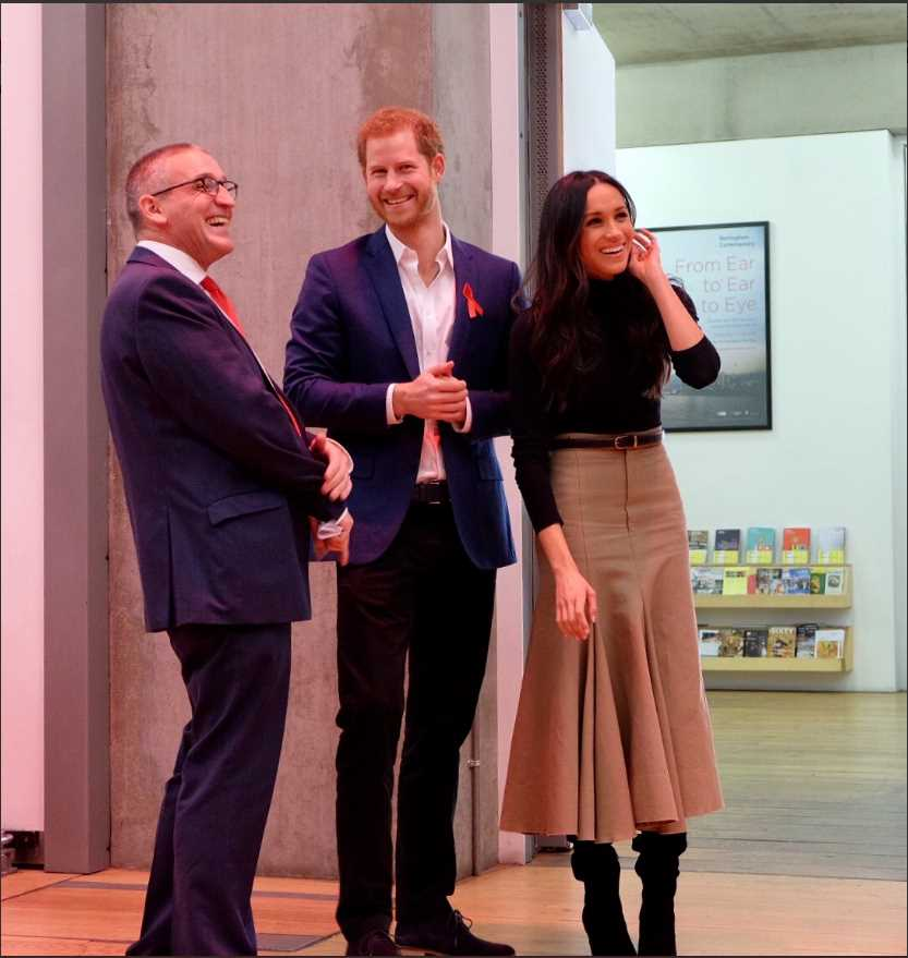 Prince Harry and Ms. Meghan Markle arrive at the Nottingham Contemporary Exhibition Centre for an event to mark #WorldAidsDay hosted by @THTorguk. Photo (C) KENSINGTON PALACE TWITTER