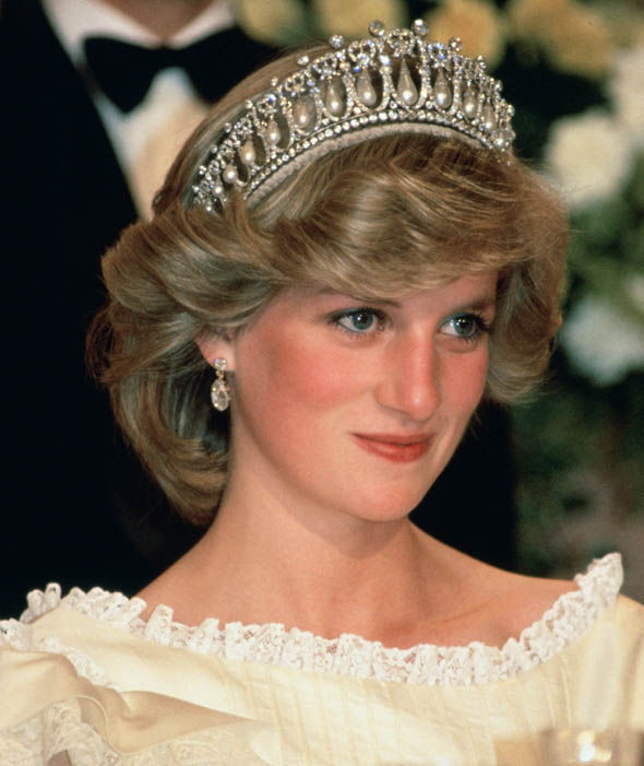 Princess Diana wears the Cambridge Lover's Knot tiara in 1983 Photo (C) GETTY
