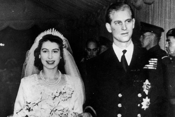 Queen Elisabeth and Prince Philip are nearing their 70 year wedding anniversary Photo (C) GETTY