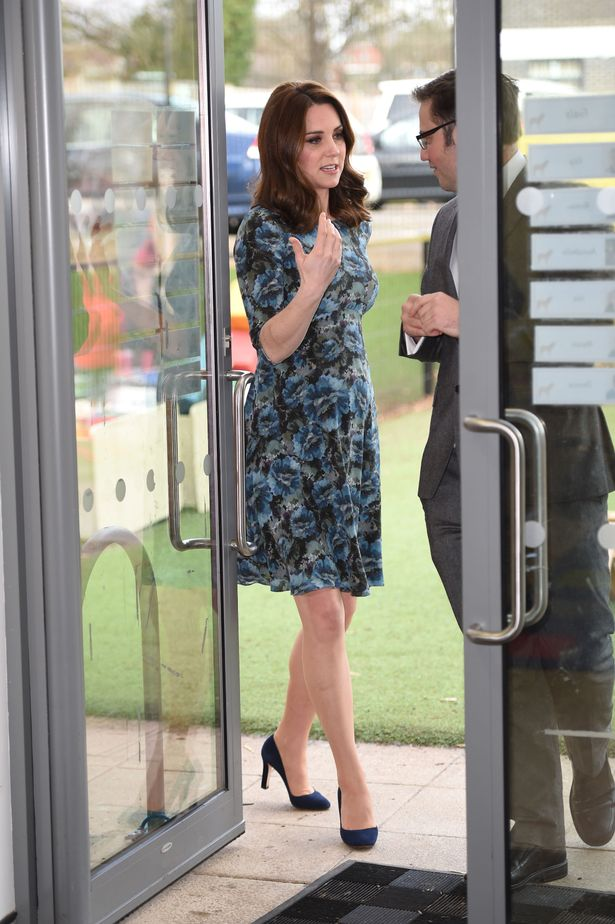 Kates dress is the Florrie dress from Seraphine Seraphine