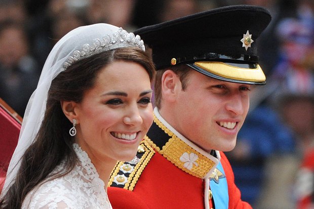 Kate Middleton wore the earrings when she married Wills Photo (C) GETTY
