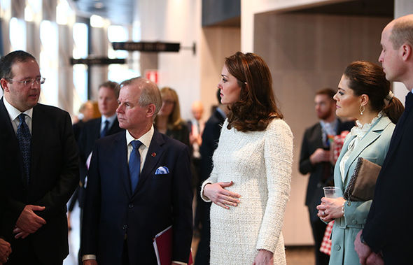 Kate showed off her blossoming baby bump Photo (C) WENN