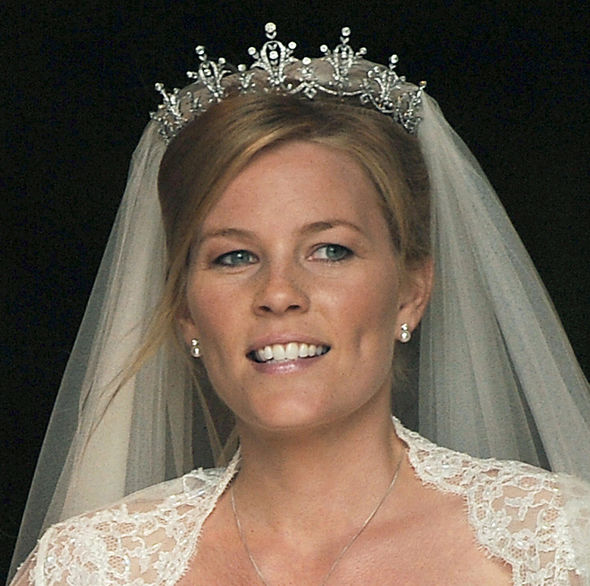 meghans tiara - photo #4
