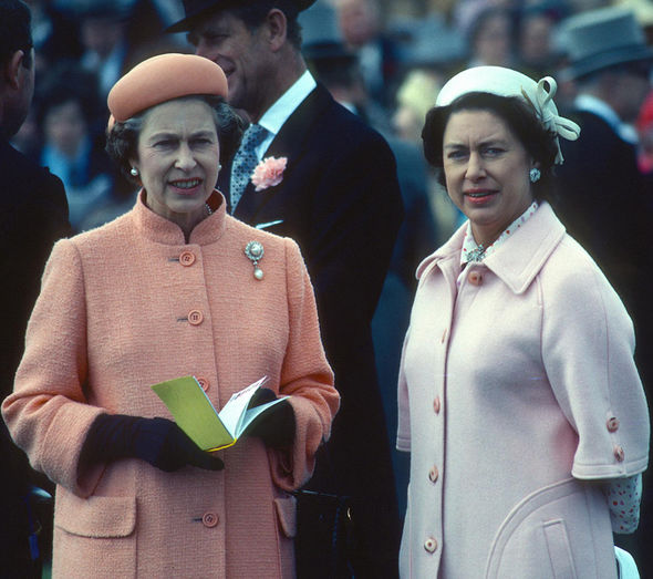 Queen Elizabeth ll and Princess Margaret at the Epsom Derby in 1979. Photo (C) GETTY