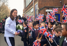 The Duchess receives a warm welcome from Bond Primary School, which is one of the 65 local schools that benefit from @WimbledonFdn free tennis coaching Photo (C) TWITTER