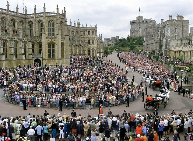 Prince Harry and Meghan Markle will marry at St Georges Chapel in Windsor on May 19 and are predicted to opt for a traditional seating plan