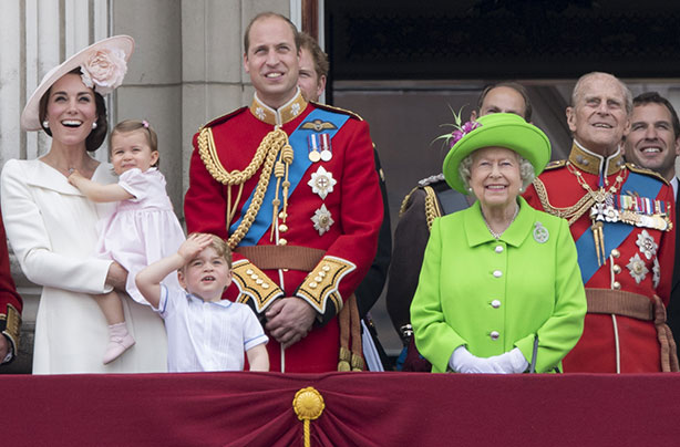 Queen Elizabeth II, Prince William, Prince George, Princess Charlotte, and Prince Philp Photo (C) GETTY