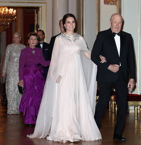 Kate Middleton She arrived for a dinner at the Royal Palace in Oslo, Norway Photo (C) I-IMAGES