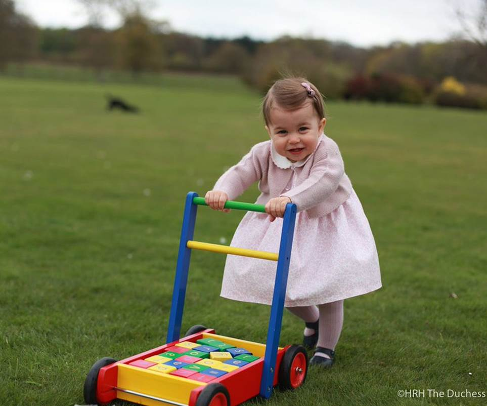 Prince William, Catherine Duchess of Cambridge, Prince George, and Princess Charlotte Family Photos (C) GPrince William, Catherine Duchess of Cambridge, Prince George, and Princess Charlotte Family Photos (C) GETTY IMAGESETTY IMAGES