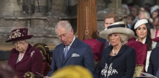 LONDON, UNITED KINGDOM - MARCH 12: (L-R) Queen Elizabeth II, Prince Charles, Prince of Wales, Camilla, Duchess of Cornwall, Prince Harry and Meghan Markle attend the Commonwealth Service at Westminster Abbey on March 12, 2018 in London, England. Organised by The Royal Commonwealth Society, the Commonwealth Service is the largest annual inter-faith gathering in the United Kingdom. (Photo by Paul Grover - Pool/Getty Images)