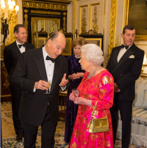 The Queen gave a Dinner Party for The Aga Khan @AKDN at Windsor Castle last night to mark His Highness's Diamond Jubilee. Photo (C)TWITTER