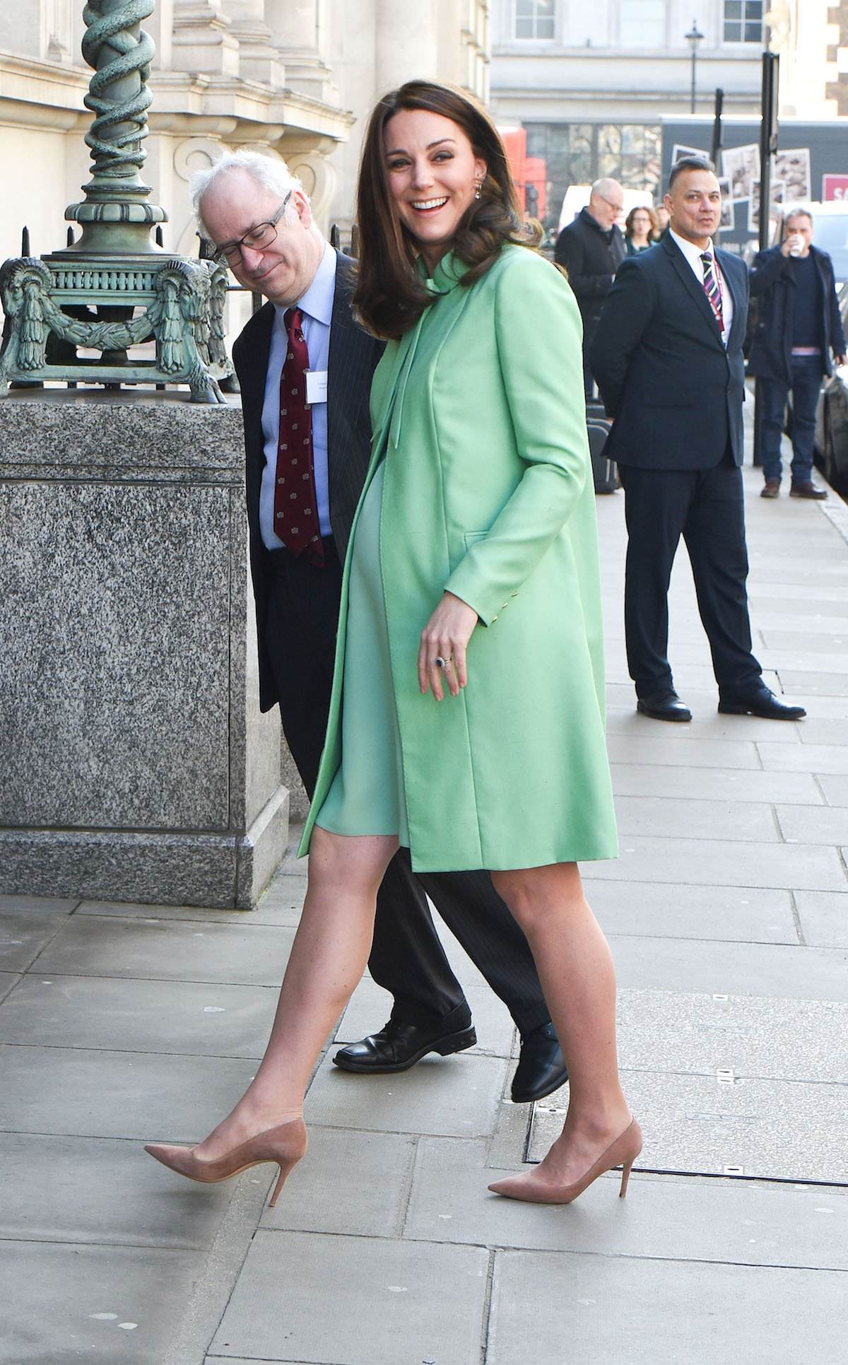 kate middleton green outfit 2