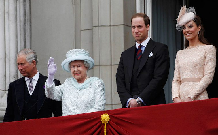 Queen Elizabeth and Prince William Photo (C) GETTY