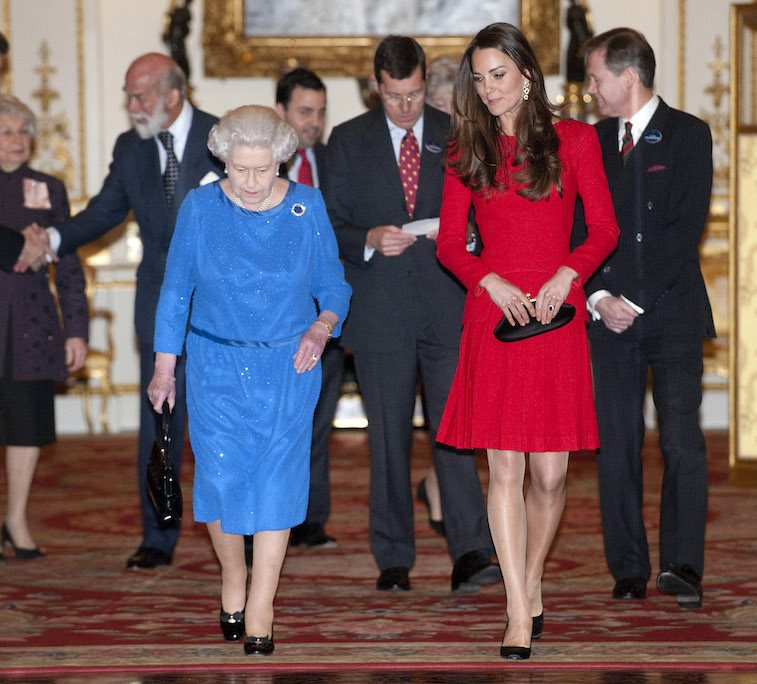 Queen Elizabeth II and Catherine, Duchess of Cambridge attend the Dramatic Arts reception at Buckingham Palace on February 17, 2014 in London, England. Photo (C) GETTY