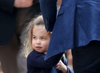 Princess Charlotte wears blue to match her dad Prince William [Wenn]