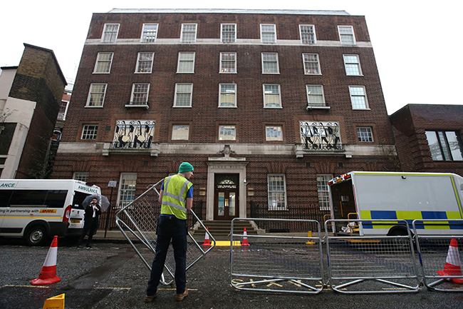The barriers have been set up outside the Lindo Wing Photo (C) WENN