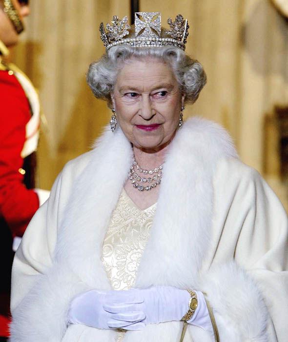 Queen Elizabeth Tiara Photo (C) GETTY