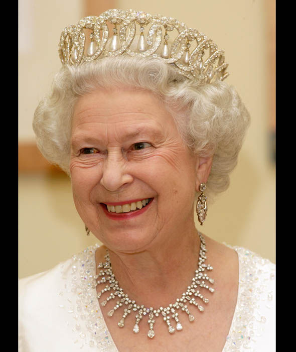 Queen Elizabeth Tiara Photo (C) GETTY