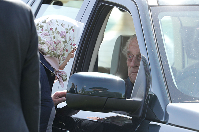 Prince Philip drove to the Windsor Horse Show Photo (C) GETTY