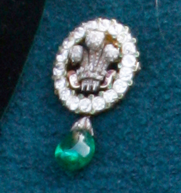 Princess Diana She added an emerald cabochon drop to the Prince of Wales brooch Photo (C) GETTY