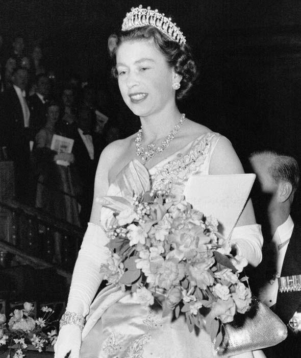 Queen Elizabeth II wearing the Lovers Tiara in 1958 Photo (C) GETTY