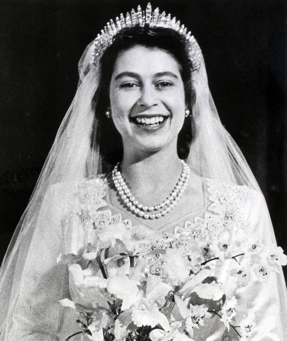 Queen Elizabeth on her wedding day wearing Queen Mary's Fringe Tiara Photo (C) GETTY
