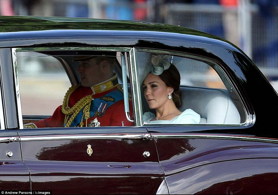1 Queen Elizabeth Prince Charles Prince William Kate Middleton Prince George Princess Charlotte Trooping Colour 2018