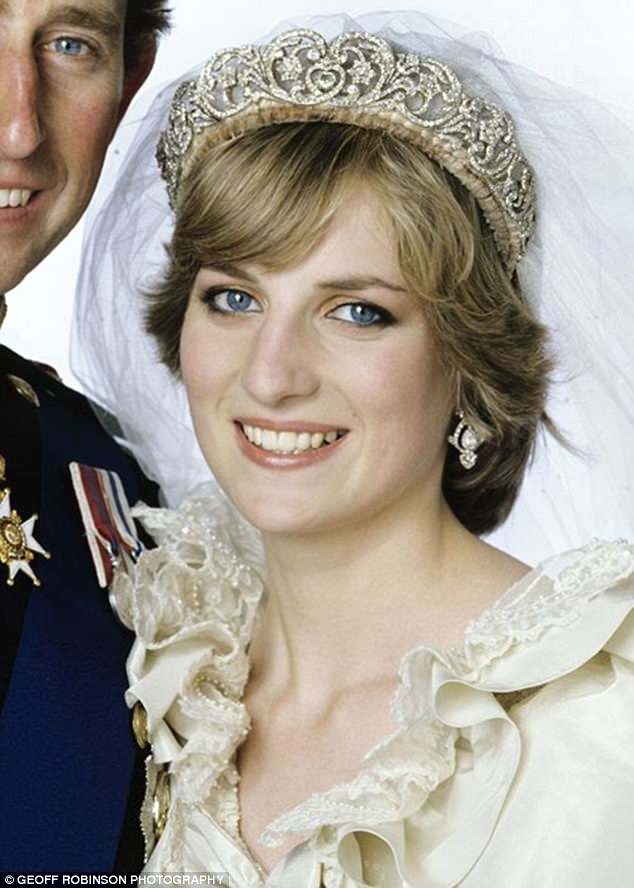 Celia wore the Spencer tiara, which was worn by Princess Diana when she married Prince Charles in 1981