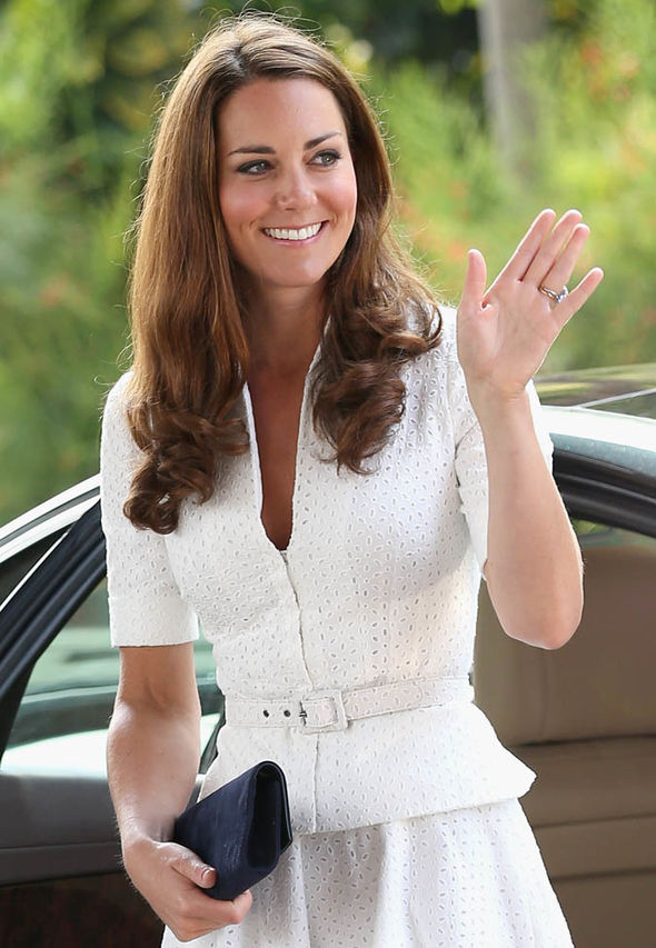 Kate Middleton chooses clutch bags to avoid 'awkward moments' Photo (C) GETTY