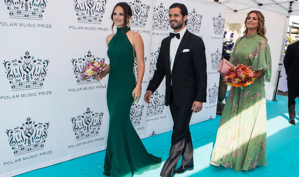 Meghan Markle Princess Sofia of Sweden stepped out in the lookalike dress for a music awards Photo (C) GETTY