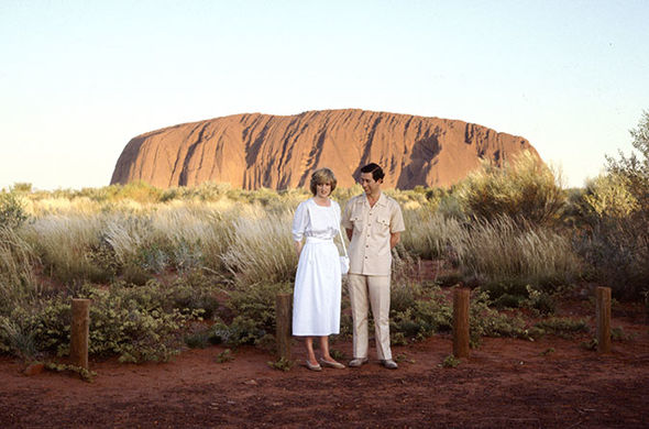 Princess Diana and Prince Charles took breathtaking pictures in front of Ayres Rock Photo (C) GETTY