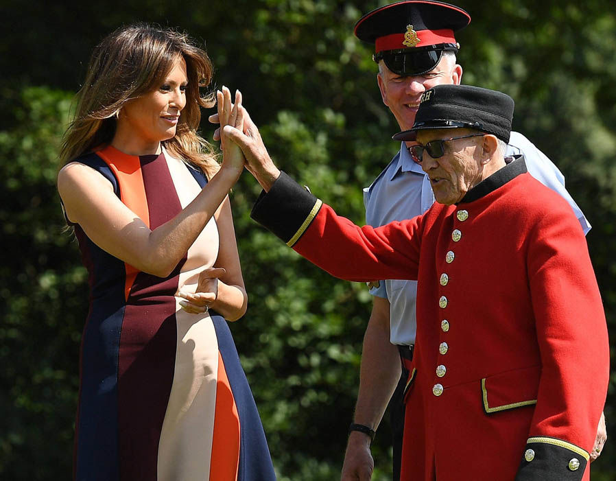 President of the United States Donald Trump, 72, and First Lady Melania Trump, 47, touched down at Stansted Airport yesterday to begin a three-day tour of the UK. Photo (C) REUTERS, GETTY IMAGES